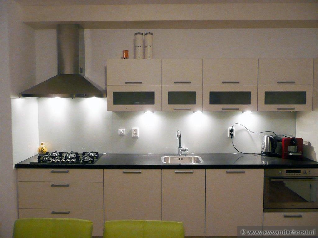 Mooie Achterwand Voor De Keuken : Glazen Achterwand Keuken Limburg ...