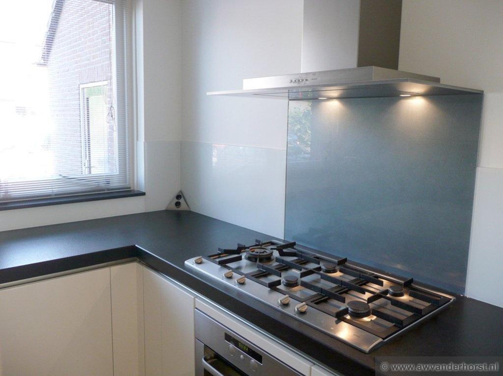 Glas Achterwand Keuken Monteren : Keuken Achterwanden Hier Vindt U Een Selectie Van De