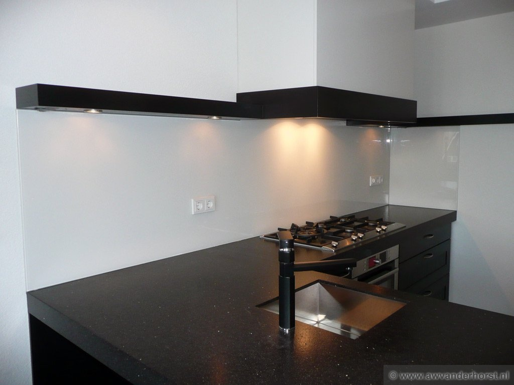Glazen Achterwand Keuken Limburg : Glazen Achterwand Keuken Limburg : van glazen keuken achterwanden hier