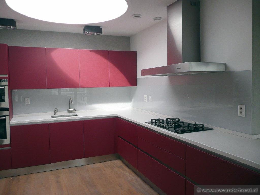 Keuken Verbouwen Volgorde : Glazen Achterwand Keuken Eindhoven : van glazen keuken achterwanden