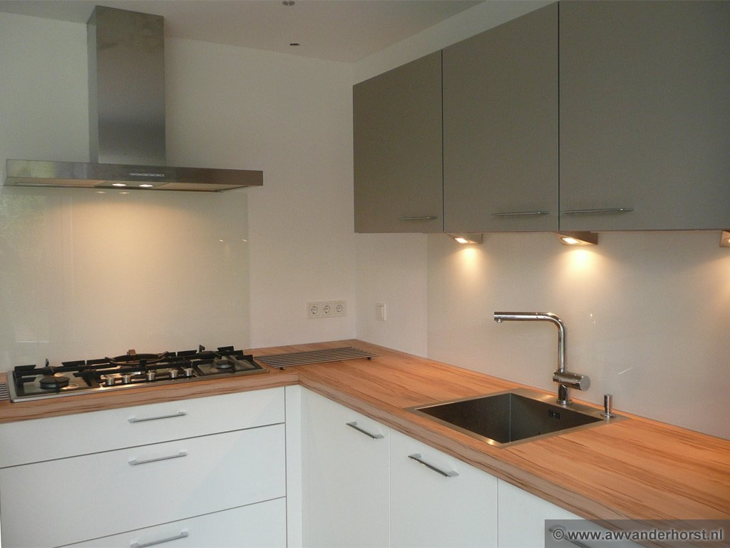 Achterwanden keuken foto - Fotos van keukens ...