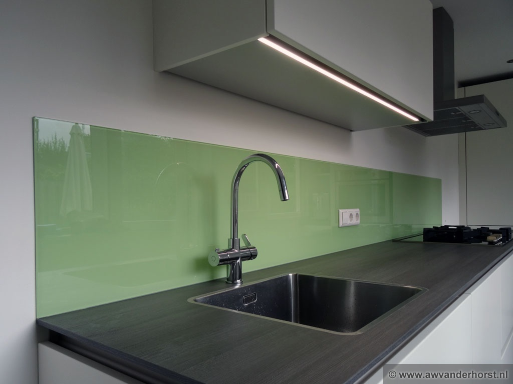 Achterwand Keuken Taupe : Glazen keuken achterwand glasplaat achterwand
