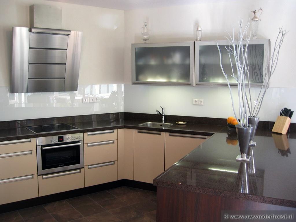 Keuken Achterwand Ideeen : Glazen keuken achterwand glasplaat achterwand
